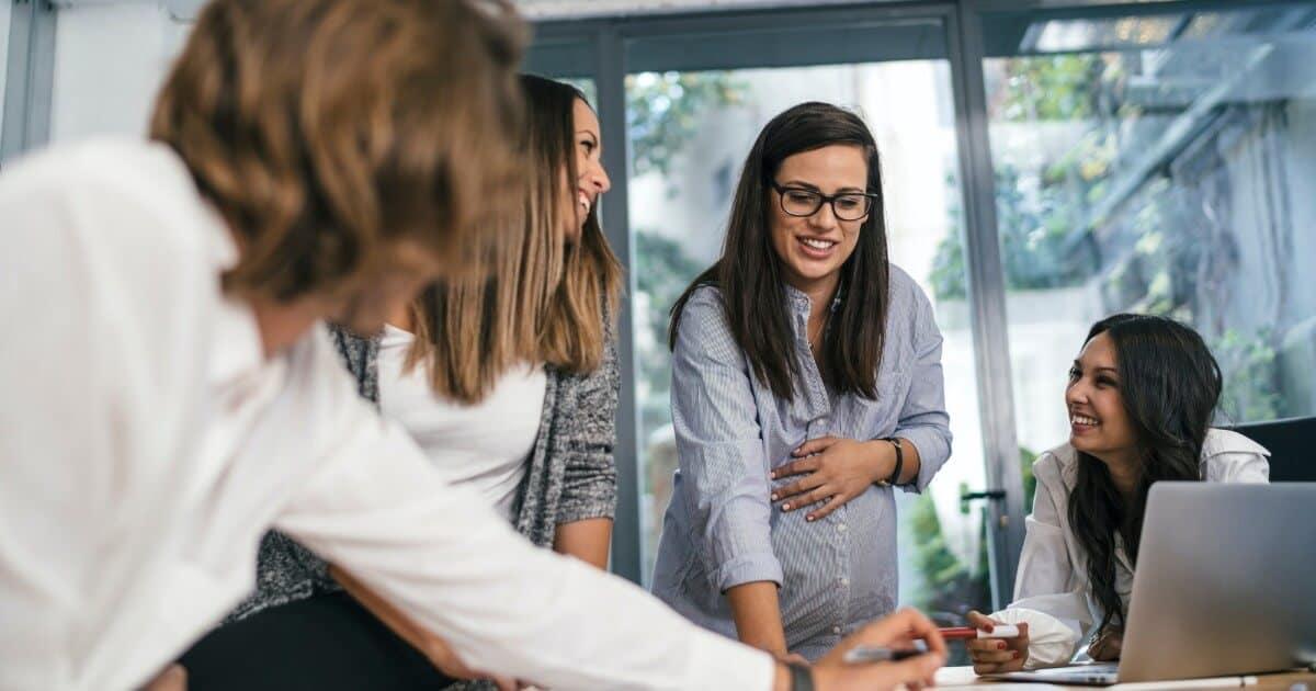 Miért fontos az irodai torna kismamaként?